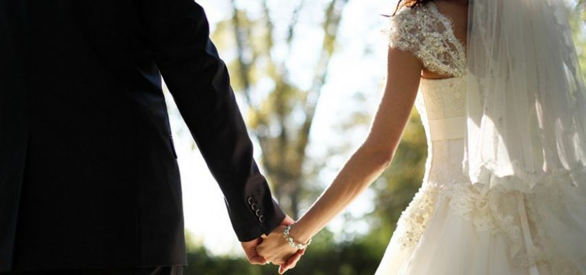 Evlilik Öncesi Anne-Baba Ve Eş Eğitimleri Şart Olmalı...